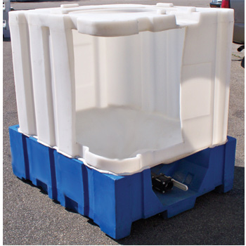 275 Gallon Poly Tote, All Plastic IBC, 275 Gallon IBC, 275 Gallon Intermediate Bulk Container, All Plastic Durable Bulk Container, All Plastic Tote, Chemical Tank, Iron Oxide Tank, Roto Molded Tank, Rotational Molding, Rotationally Molded Tank, All Plastic IBC, Blue and White IBC, Rotational Molded Product